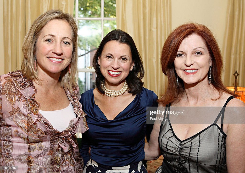 "Maureen Dowd Hosts Party For Gioia Diliberto's New Book ""The Collectio"