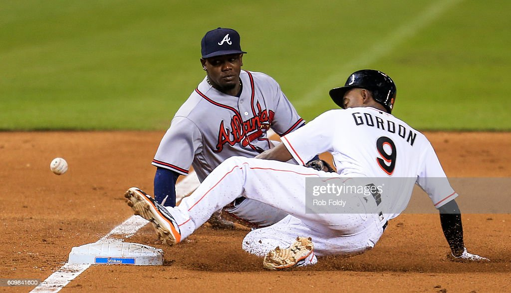 Atlanta Braves v Miami Marlins