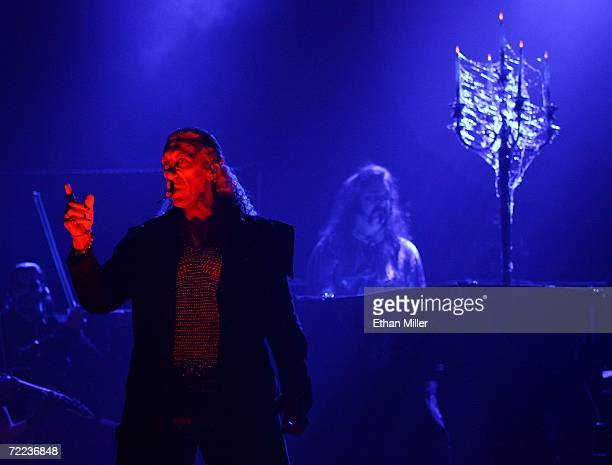 Dee Snider narrates during Van Helsing's Curse an 18piece gothic rock opera at The Joint inside the Hard Rock Hotel Casino October 21 2006 in Las...