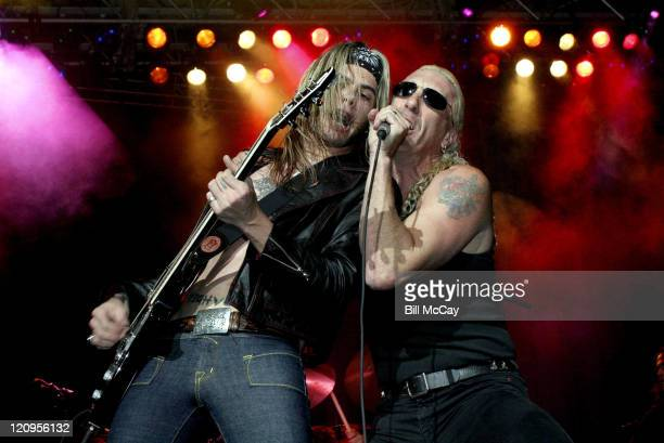 Dee Snider of Twisted Sister performs with Silvertide