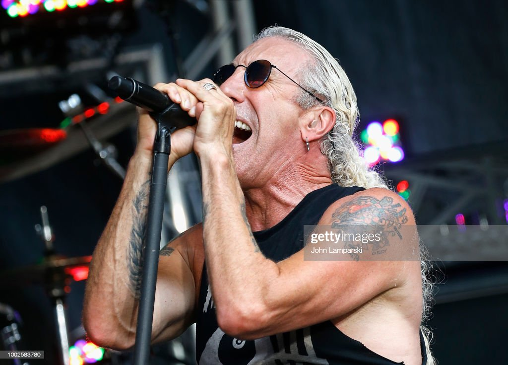 "Dee Snider Performs on ""FOX & Friends"""