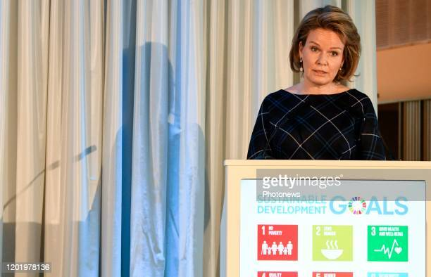 Deelname van Koningin Mathilde aan een evenement van de Antwerp Management School dat studenten bedrijfskunde en economie van managementscholen en...