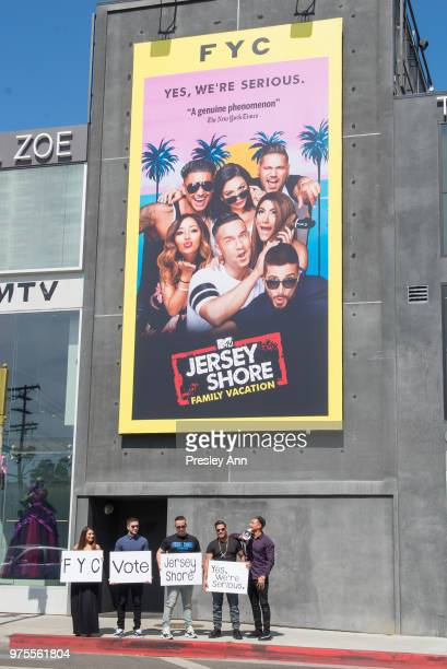 Deena Nicole Cortese Vinny Guadagnino Mike The Situation Ronnie OrtizMagro and Pauly D attend MTV's 'Jersey Shore' Cast Photo Op on June 15 2018 in...