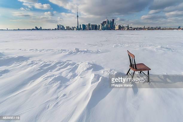 deep freeze toronto - lake ontario stock pictures, royalty-free photos & images