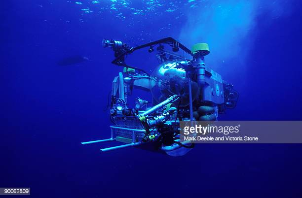 deep rover for deep sea use underwater - undersea stock photos and pictures