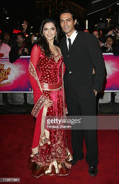 Deepika Padukone and Arjun Rampal attend the World Premiere of 'Om Shanti Om' at the Empire Leciester Square on November 8 2007 London England