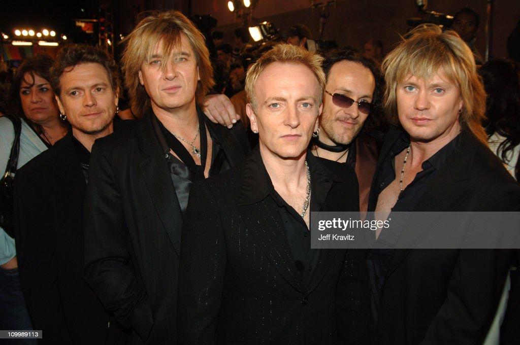 VH1 Big in '05 - Red Carpet