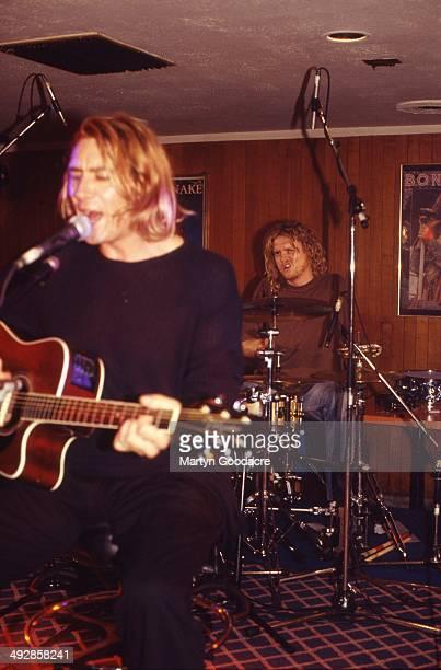 Def Leppard perform an acoustic show at Wapentake Club, Sheffield, United Kingdom, 5th October 1995. Joe Elliott and Rick Allen .