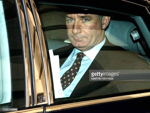 Defence Minister Geoff Hoon leaves his offices at the Ministry of Defence in London, 10 May where he was due to speak at the House of Commons about...