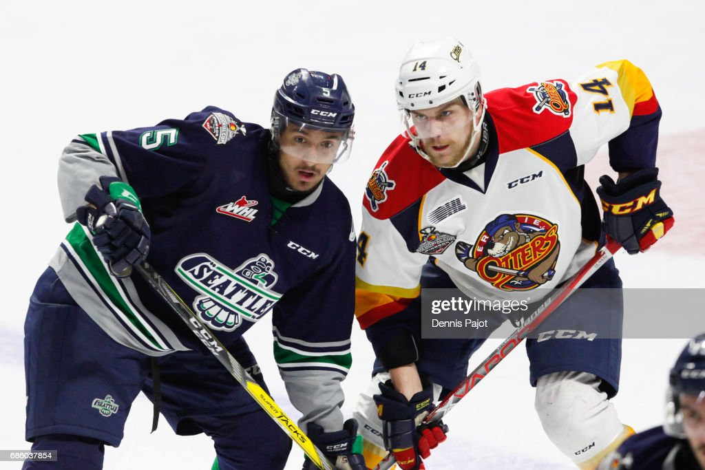 2017 Memorial Cup - Erie Otters v Seattle Thunderbirds : News Photo