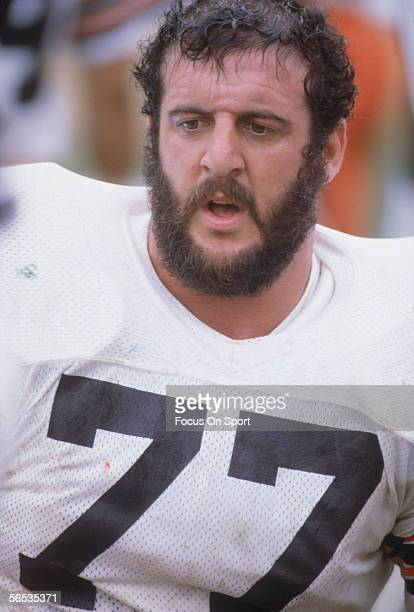 Defencive Lineman Lyle Alzado of the Los Angeles Raiders stands on the field circa the 1980's during a game
