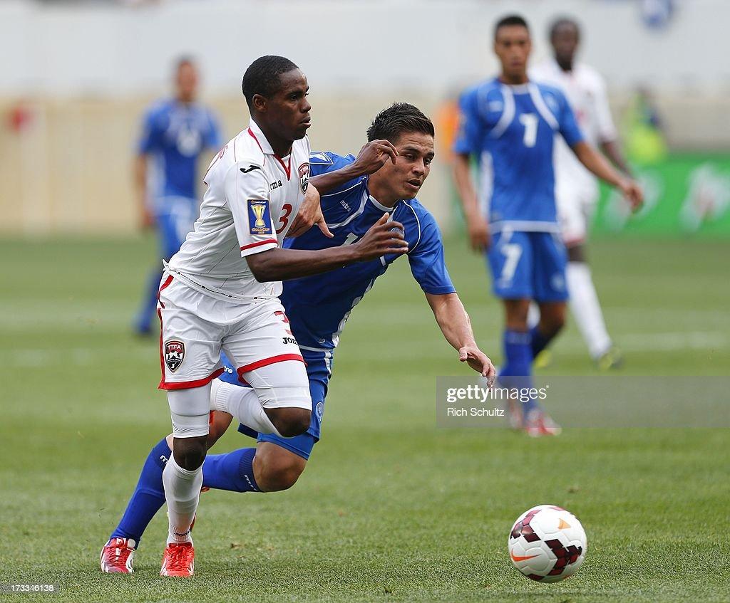 El Salvador v Trinidad & Tobago - 2013 CONCACAF Gold Cup : News Photo