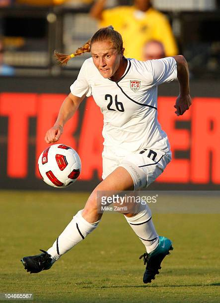 Defender Rachel Buehler of the US Women's National Soccer Team dribbles with the ball during the game against the People's Republic of China Women's...