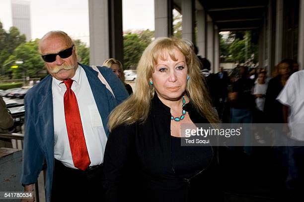 Defense attorney Linda KenneyBaden arrives at the Los Angeles Criminal Courthouse The judge in the Phil Spector murder trial today ruled out...