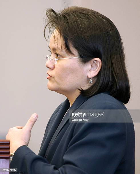 Defense attorney, Vernice Trease, questions a witness in the Brian David Mitchell competency hearing March 11, 2005 in Salt Lake City, Utah. Mitchell...