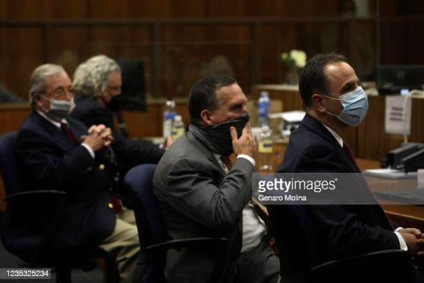Defense attorneys David Chesnoff, from left, Dick Deguerin, with black mask, and prosecuting attorneys, Deputy District Attorney John Lewin and Habib...