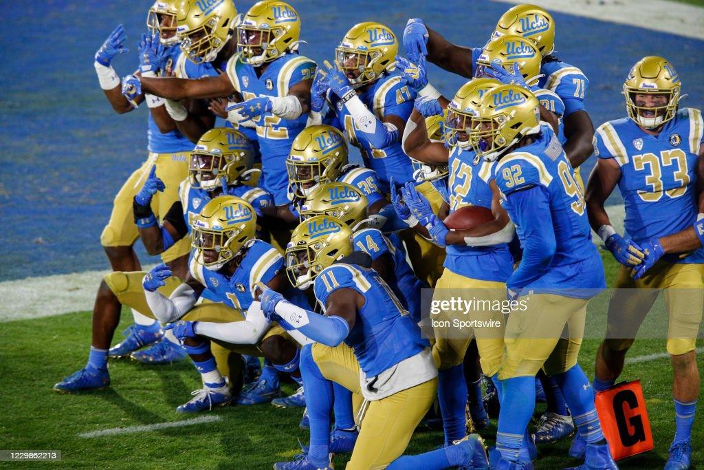 COLLEGE FOOTBALL: NOV 28 Arizona at UCLA : News Photo