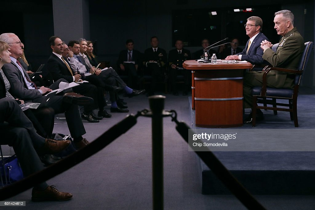 U.S. Defense Secretary Ash Carter (2nd R) and Chairman of the Joint Chiefs of Staff Marine Gen. Joseph Dunford Jr. (R) hold a news conference at the Pentagon January 10, 2017 in Arlington, VA. The military leaders took questions about Turkey, Russia, North Korea, the Islamic State terrorist group and the future of women in the armed forces.