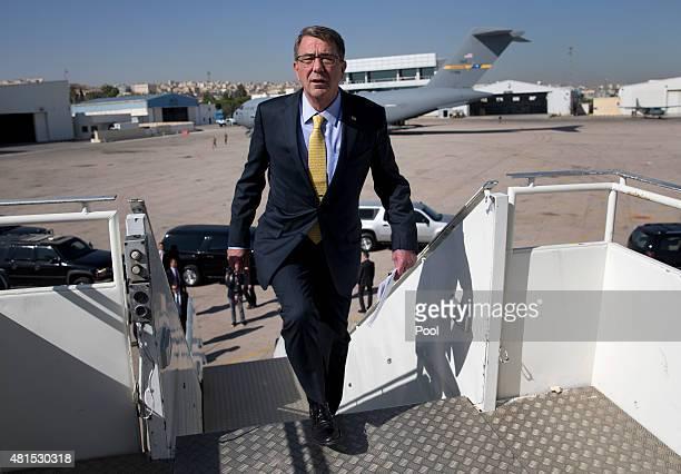 S Defense Secretary Ash Carter boards a E4B military aircraft at Queen Alia Airport en route to King Abdulaziz International Airport in Jedda Saudi...
