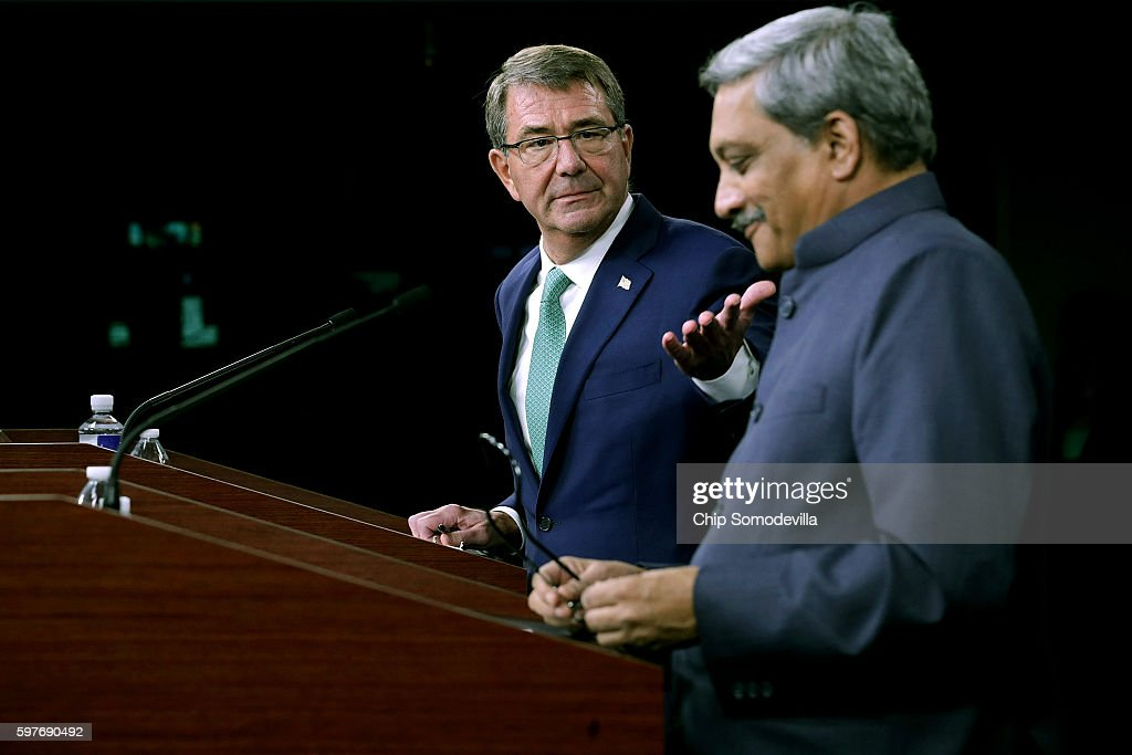 Defense Secretary Carter Welcomes Indian Defense Minister To The Pentagon