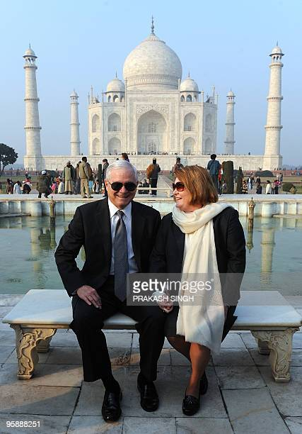 US Defense Secretary Robert Gates poses with his wife Becky in front of the Taj Mahal in Agra on January 20 2010 The AlQaeda network poses a serious...