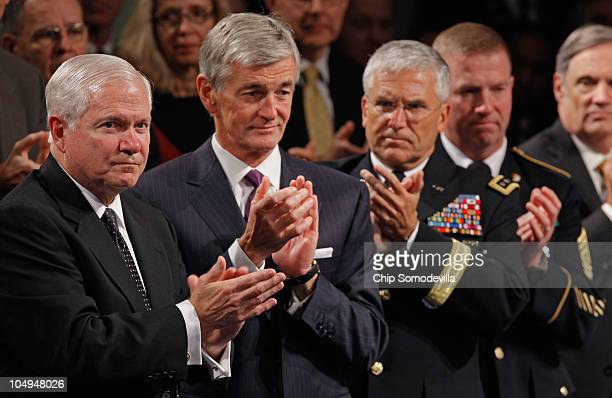 US Defense Secretary Robert Gates Secretary of the Army John McHugh Army Chief of Staff Gen George Casey Jr and Sgt Maj of the Army Kenneth Preston...