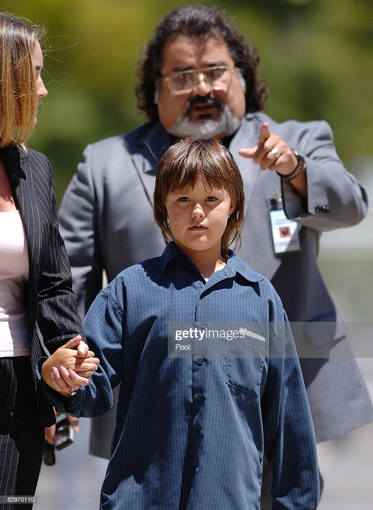 Defense witness Prudence Brando, granddaughter of the late actor Marlon Brando, arrives with her mother Karen Brando (L) with defense team member Jesus Castillo (background) at the Santa Barbara County Courthouse to testify in Michael Jackson's child molestation trial May 23, 2005 in Santa Maria, California. Jackson is charged in a 10-count indictment with molesting a boy, plying him with liquor and conspiring to commit child abduction, false imprisonment and extortion.
