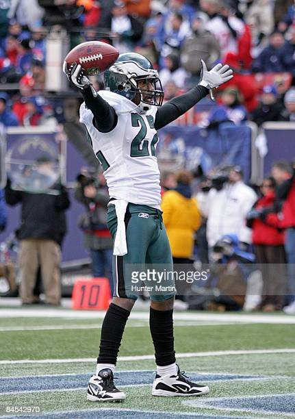 Defensive back Asante Samuel of the Philadelphia Eagles celebrates his interception during the NFC Divisional Playoff game against the New York...