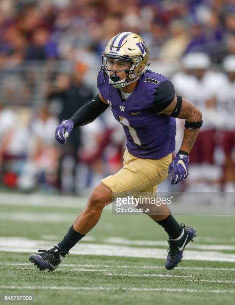 Defensive back Byron Murphy of the Washington Huskies defends against the Montana Grizzlies at Husky Stadium on September 9 2017 in Seattle Washington