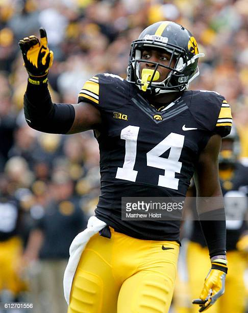 Defensive back Desmond King of the Iowa Hawkeyes celebrates after breaking up a pass during the third quarter against the Northwestern Wildcats on...