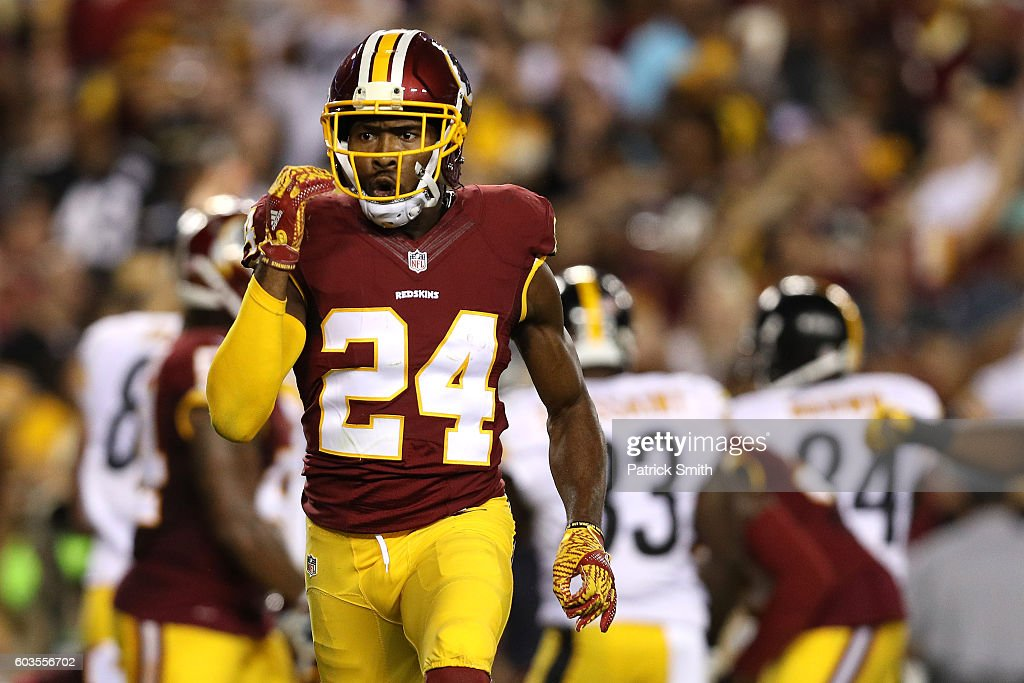 Defensive back Josh Norman #24 of the Washington Redskins acknowledges the crowd in the second quarter against the Pittsburgh Steelers at FedExField on September 12, 2016 in Landover, Maryland.