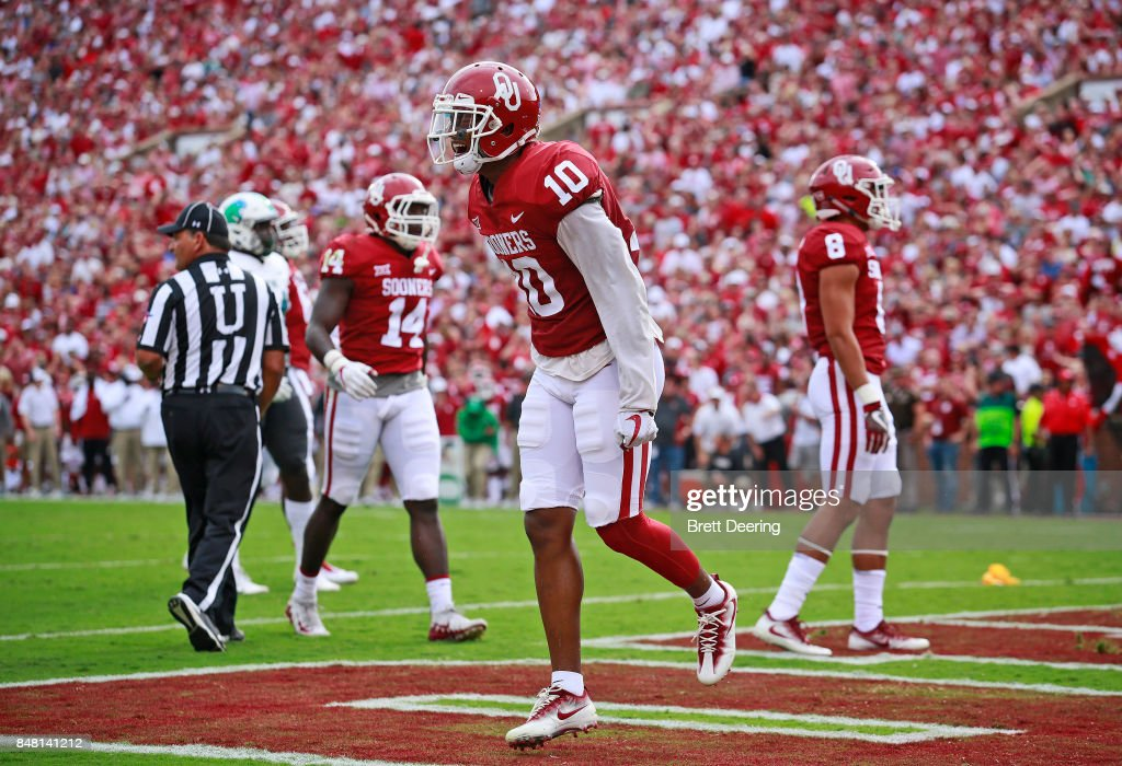 Defensive back Steven Parker #10 of the Oklahoma Sooners celebrates a defensive play in the end zone against the Tulane Green Wave at Gaylord Family Oklahoma Memorial Stadium on September 16, 2017 in Norman, Oklahoma. Oklahoma defeated Tulane 56-14.