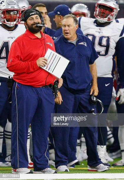 Defensive coordination Matt Patricia and head coach Bill Belichick in a preseason game at NRG Stadium on August 19 2017 in Houston Texas