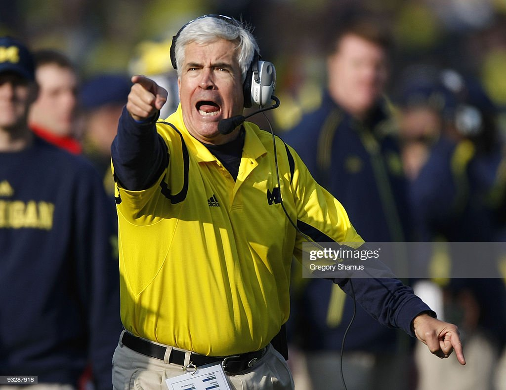 Defensive coordinator Greg Robinson of the Michigan Wolverines reacts while playing the Ohio State Buckeyes on November 21, 2009 at Michigan Stadium in Ann Arbor, Michigan. Ohio State won the game 21-10.