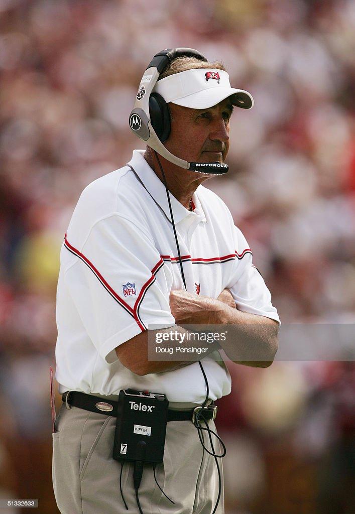 Buccaneers v Redskins : News Photo