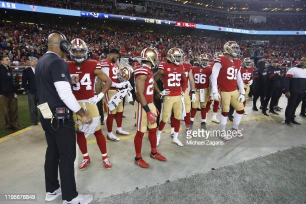 Defensive Coordinator Robert Saleh of the San Francisco 49ers talks with Fred Warner on the sideline during the game against the Los Angeles Rams at...