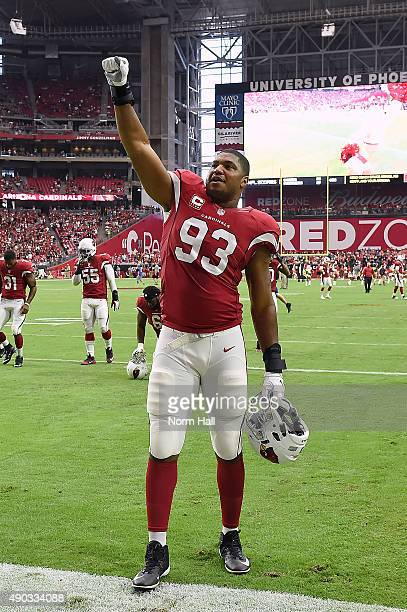 Defensive end Calais Campbell of the Arizona Cardinals reacts to the crowd prior to the NFL game against the San Francisco 49ers at University of...