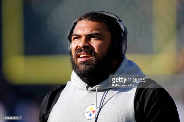 Defensive end Cameron Heyward of the Pittsburgh Steelers looks on ahead of a game against the Los Angeles Chargers at Dignity Health Sports Park on...