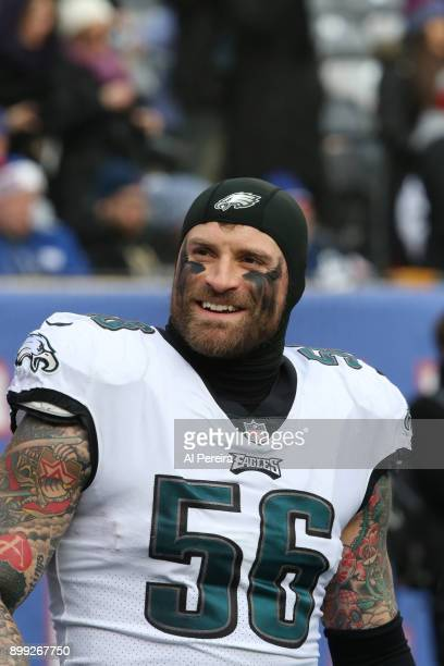 Defensive End Chris Long of the Philadelphia Eagles in action against the New York Giants during the game at MetLife Stadium on December 17 2017 in...