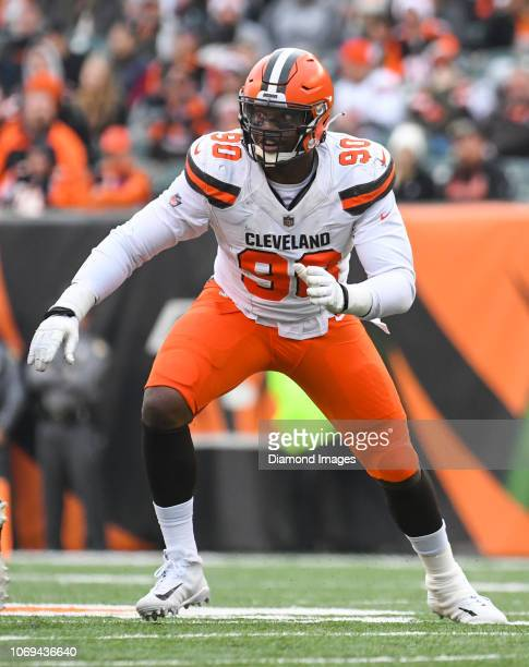 Defensive end Emmanuel Ogbah of the Cleveland Browns rushes the line of scrimmage in the third quarter of a game against the Cincinnati Bengals on...