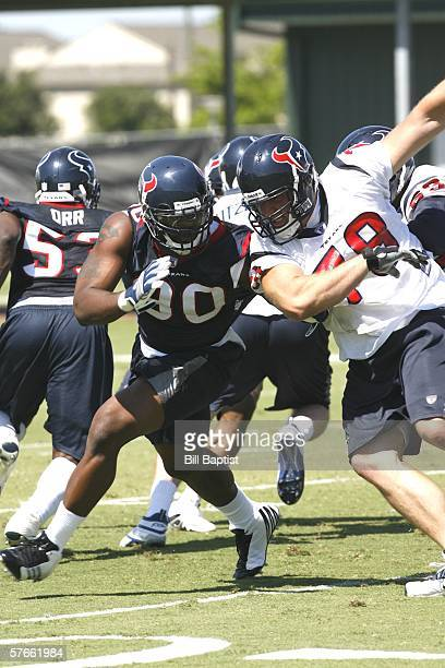 Defensive end Mario Williams of the Houston Texans practices with the team during Texans mini-camp on May 19, 2006 in Houston, Texas.