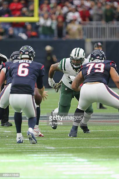 Defensive End Stephen Bowen of the New York Jets rushes against the Houston Texans at Reliant Park on November 22 2015 in Houston Texas
