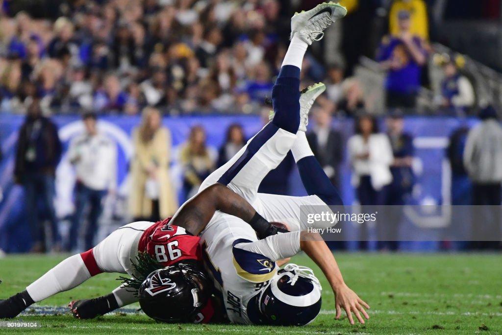 Wild Card Round - Atlanta Falcons v Los Angeles Rams : News Photo