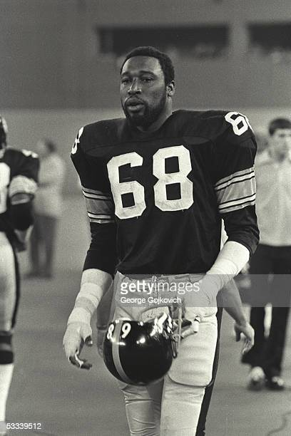 Defensive lineman LC Greenwood of the Pittsburgh Steelers on the sideline during a preseason game against the New York Jets at Three Rivers Stadium...