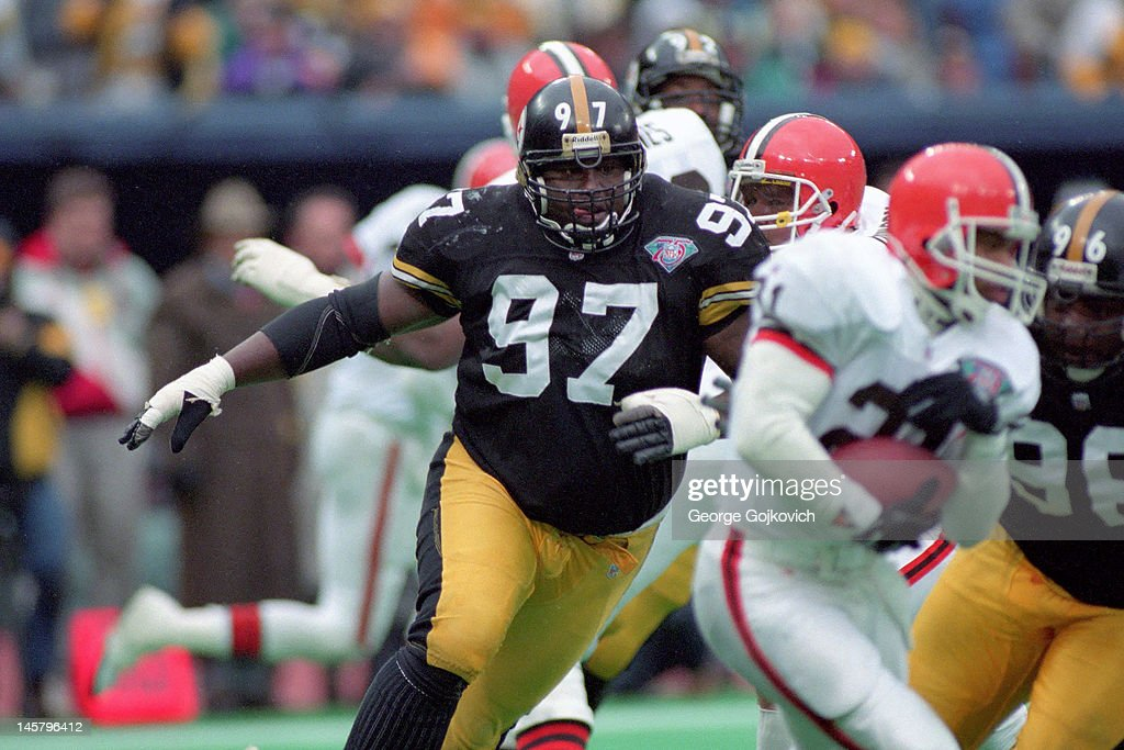 Pittsburgh Steelers Ray Seals : News Photo