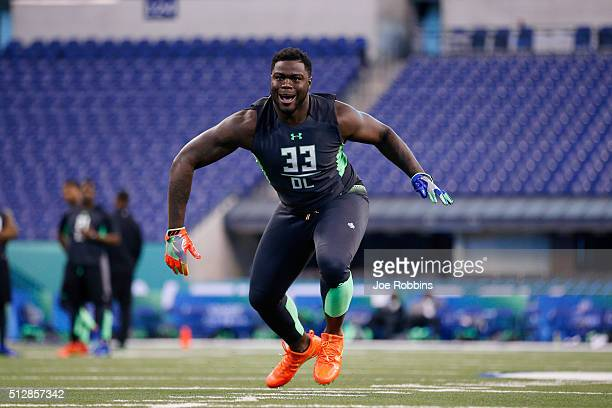 Defensive lineman Shaq Lawson of Clemson participates in a drill during the 2016 NFL Scouting Combine at Lucas Oil Stadium on February 28 2016 in...