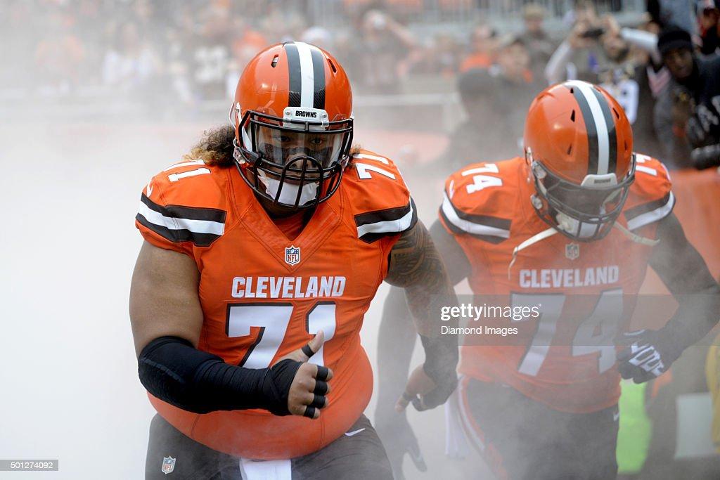 San Francisco 49ers v Cleveland Browns : News Photo