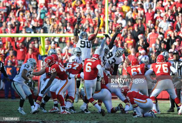Defensive tackle Desmond Bryant of the Oakland Raiders blocks a field goal attempt by place kicker Ryan Succop of the Kansas City Chiefs to end the...