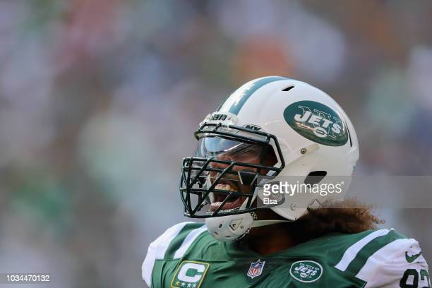 Defensive tackle Leonard Williams of the New York Jets reacts against the Miami Dolphins during the first half at MetLife Stadium on September 16...