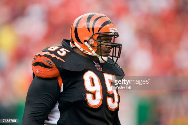 Defensive tackle Sam Adams of the Cincinnati Bengals during a game against the Kansas City Chiefs on September 10 2006 at Arrowhead Stadium in Kansas...